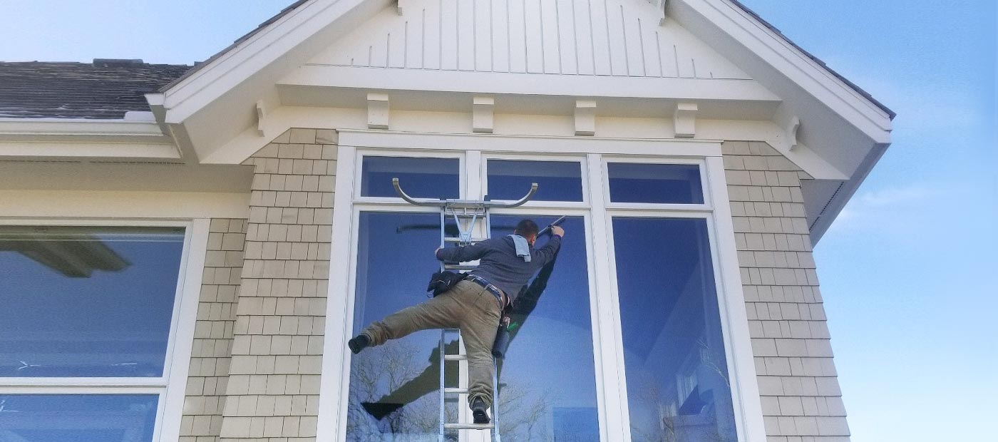 window cleaning services by wayne's home services